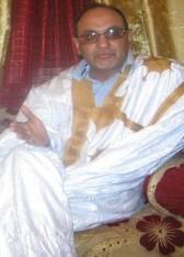 وزير التعليم السابق ومدير سلطة التنظيم حاليا الشيخ أحمد ولد أحمدات