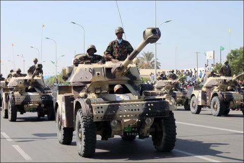 دبابات موريتانية خلال عرض عسكرى بنواذيبو قبل سنتين