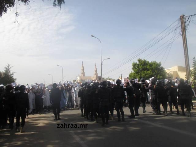 قوات الشرطة الموريتانية في حالة استعداد لقمع مظاهرات النصرة بنواكشوط (أشيف_زهرة شنقيط)