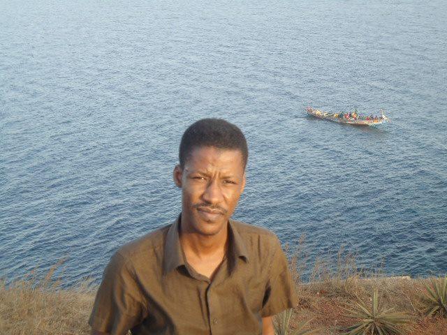 كاتب وباحث موريتاني متخصص في الشؤون الأفريقية